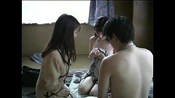 Молодую японскую проститутку засняли для порно