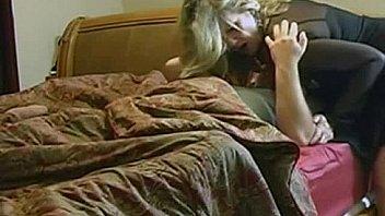 Юная женщина в первый раз на порева порно отборе