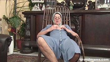 Тайку крупным пенисом