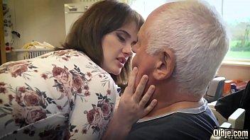 Ебари снимают на камеру свой тайный секс